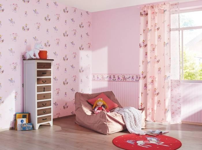 Детская розовая комната с бордюром