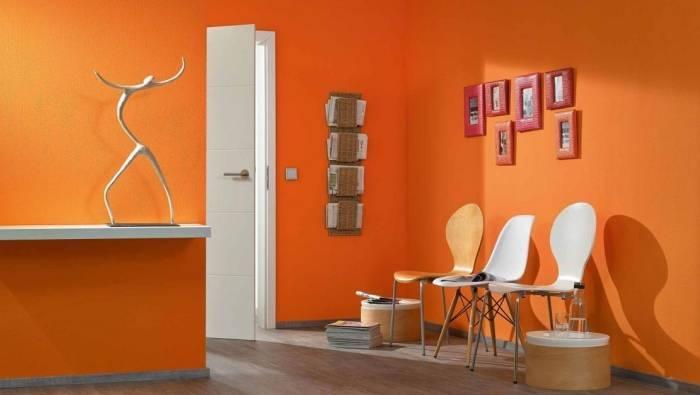 Виниловые обои оранжевого цвета