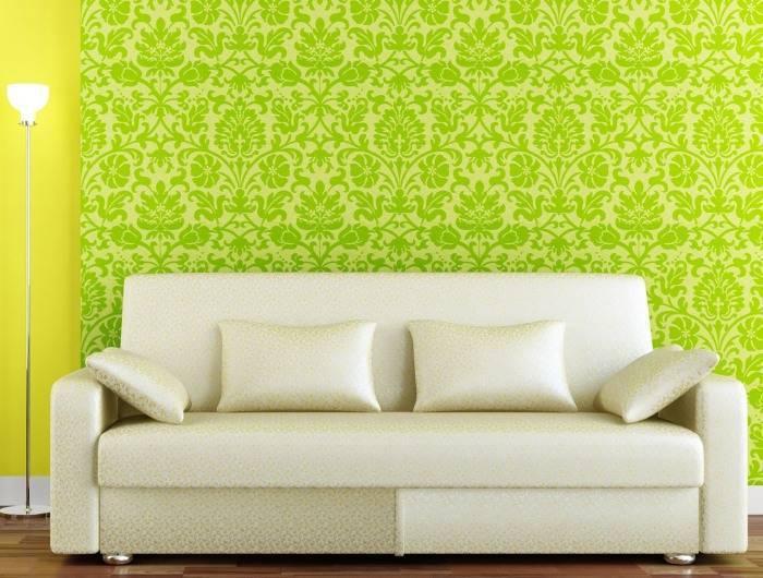Яркая гостиная в желто-зеленых тонах