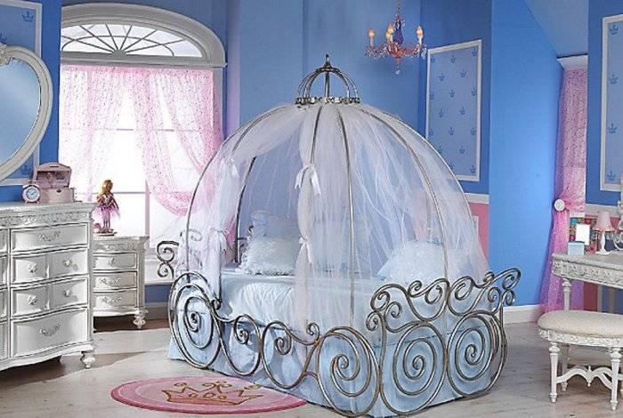 В этой спальне спит маленькая королева