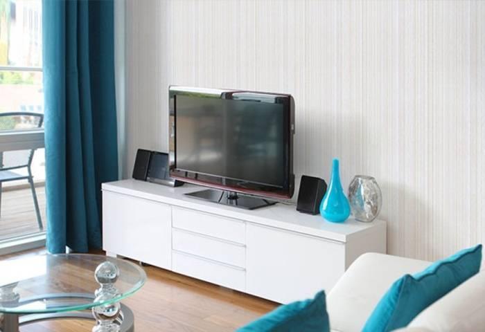 Увеличение визуального объема комнаты за счет обоев