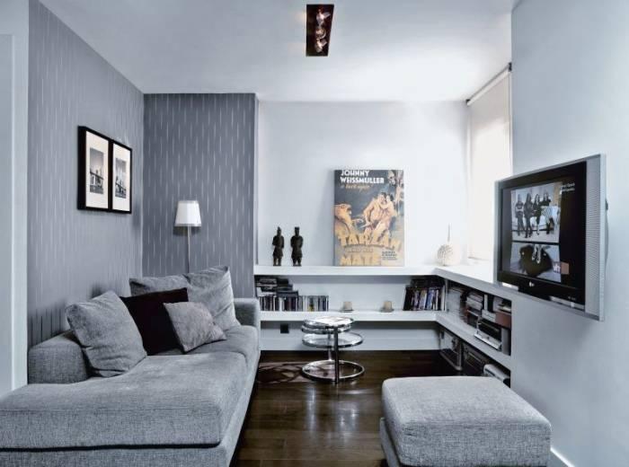 Небольшая комната, выполненная в цветах серой гаммы