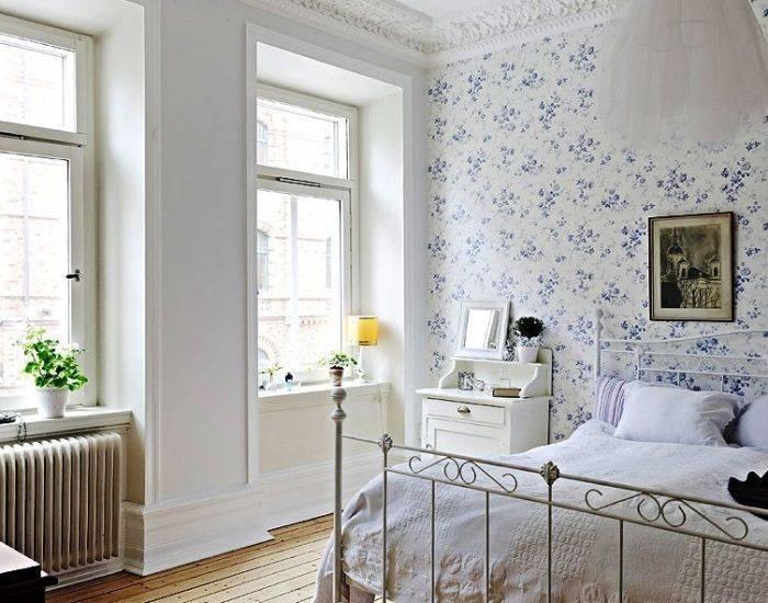 Спальня выполнена в стиле прованс