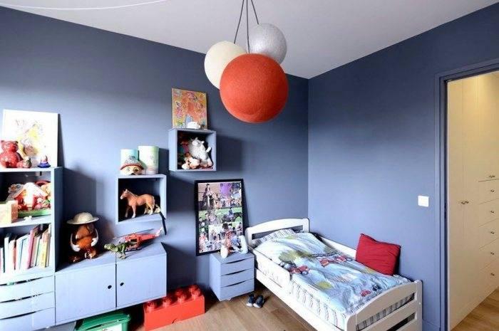 Детская для мальчика выкрашенная в синий цвет