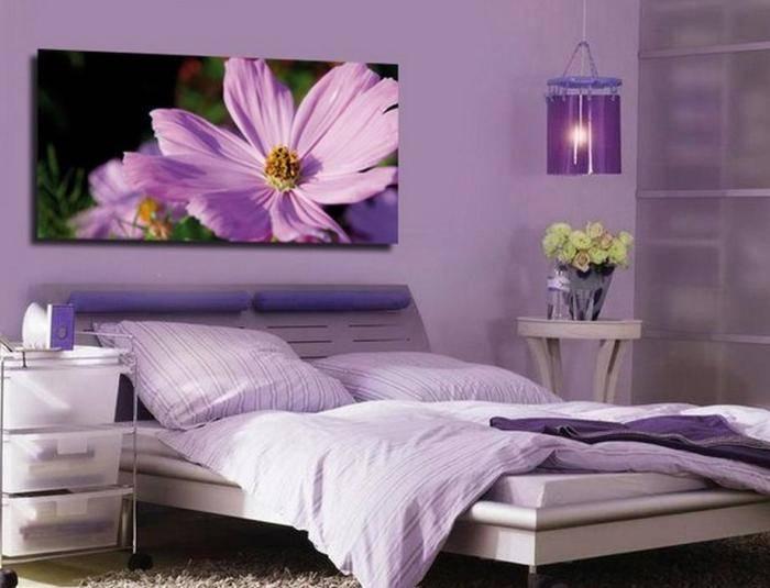 Использование в спальне сиреневого цвета