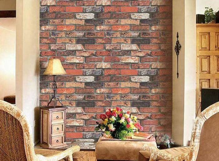 Имитация кирпичной стены в гостиной