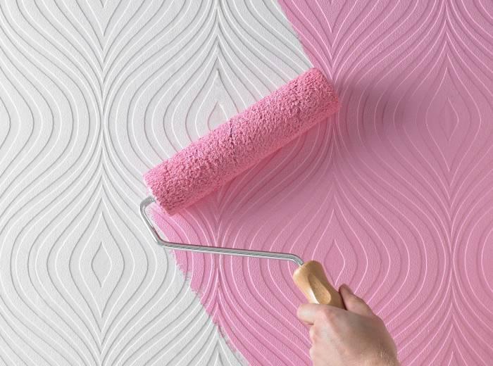 Использование валика позволяет ускорить процесс покраски