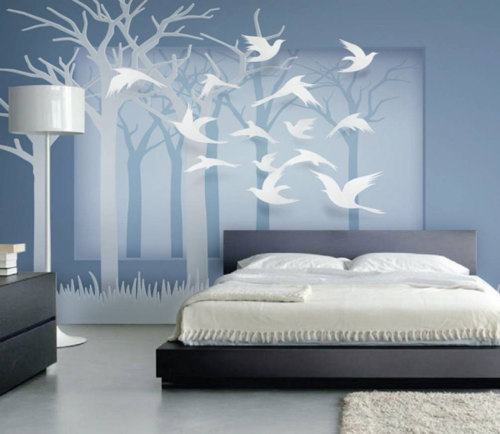Поклейка обоев в спальне согласно принципам фен шуй