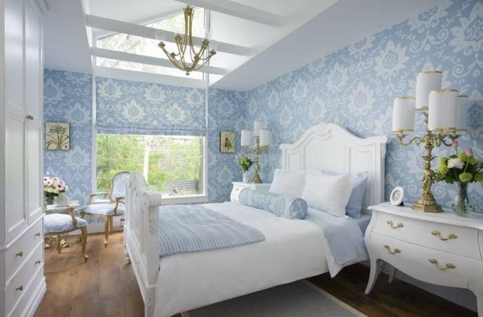 Роскошная спальня в голубых тонах