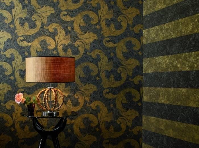 Использование темных обоев в интерьере зала