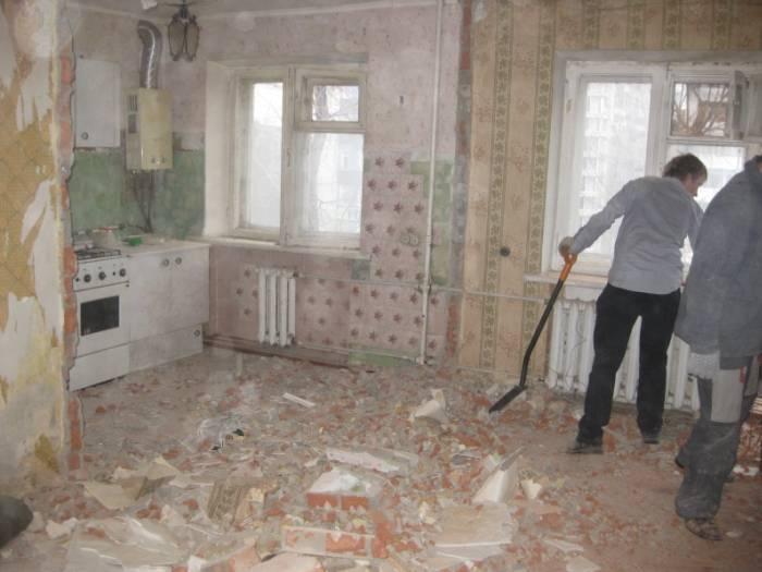 Демонтажные работы в самом разгаре
