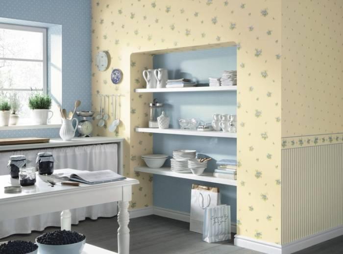 Использование на кухне обоев двух цветов