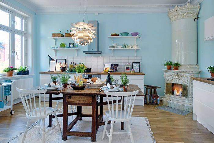 Спокойный и размеренный интерьер кухни