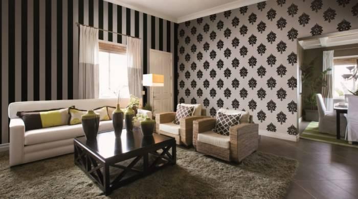 Черно-белые обои в гостиной