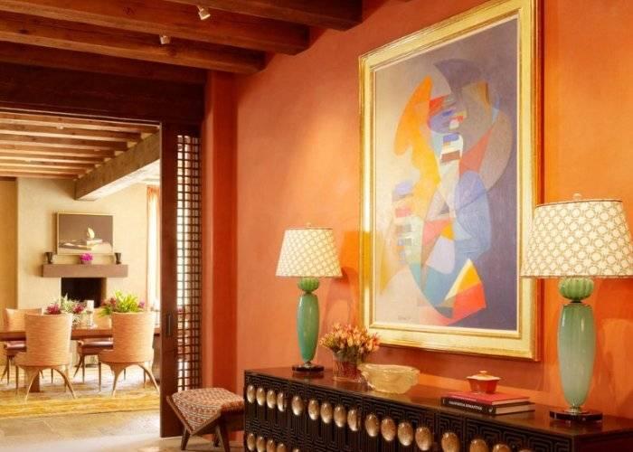 Переход цветовой палитры из прихожей в гостиную