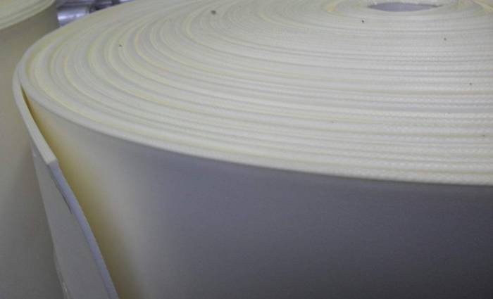 Теплоизоляционный материал на производстве
