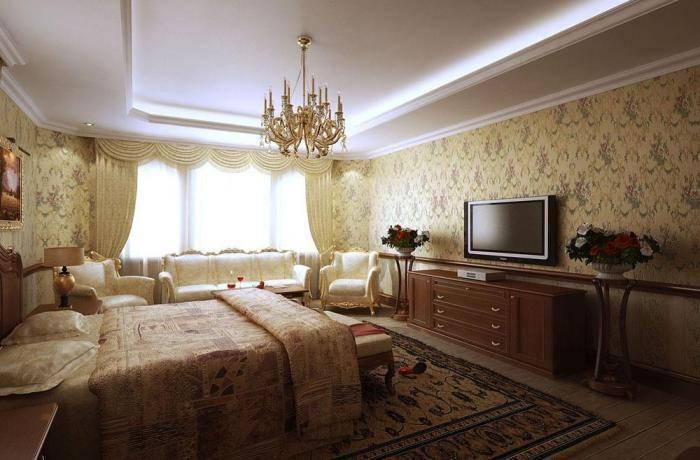 Красивые обои в большой спальне