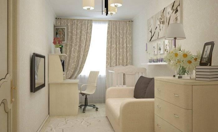 Применение светлых обоев для расширения помещения