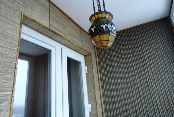 Использование на балконе бамбука
