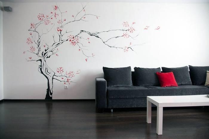Сакура на стене в гостиной