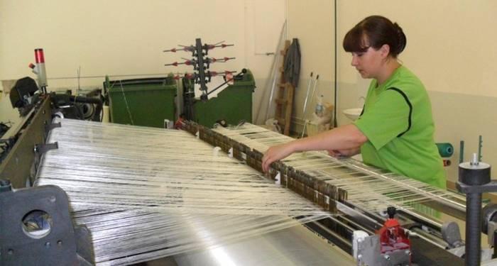 Управление станком для изготовления стеклообоев