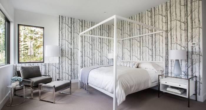 Интересный пример отделки спальни